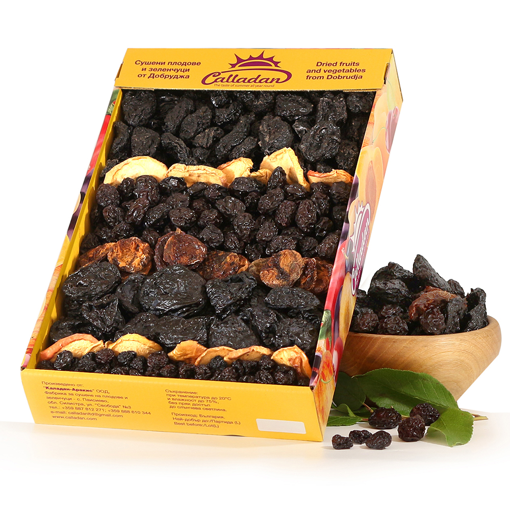 A mix of dried fruits - 2 kg. cardboard box